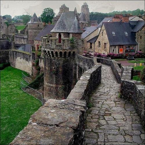 Замъкът Fougères, Франция