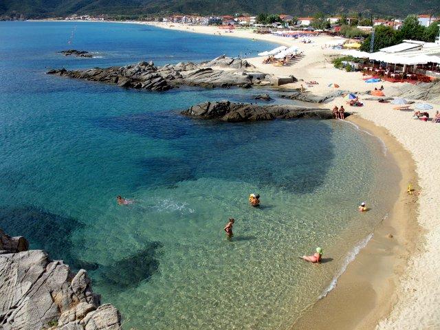 Плажът Сарти Халкидики