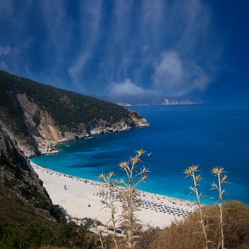Плажът Миртос (Myrtos Beach) в Кефалония