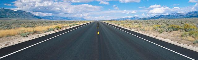 Да пътуваш с кола – предимства и недостатъци
